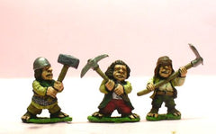 Q92 Halflings: with Pick, Hammer and large Hoe