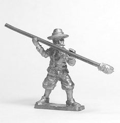 RA5 Artillery: Gun server in Wide Brimmed Hat, in ramming position