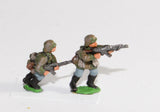 GER20 German Late War Infantry, SS or Panzer Grenadiers in smocks: Infantry with assault rifles, advancing