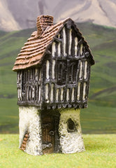 ZX7 Pre-Painted Crook Horn House (25mm scale)