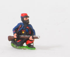 KO43 French: Zouaves: Kneeling loading in Kepi
