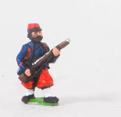 KO44 French: Zouaves: At the ready in Kepi