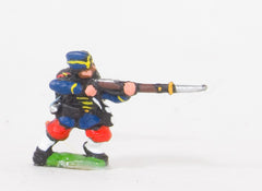 KO64 French: Guard Voltigeurs: Kneeling firing in Bonnet de Police