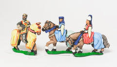 MID68d Command: King / General & two Mounted Ladies 1300-1360AD