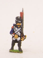 PN1a French: Old Guard: in Full dress, advancing with Musket upright