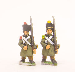 PN20 French: Line Grenadier or Voltigeur in Greatcoat, advancing