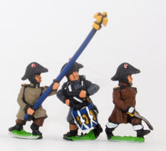PN75 French: Line Infantry 1806-1812: Command: Officer, Standard Bearer & Drummer in Greatcoat & Bicorne