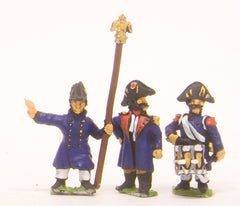 PN9 French: Old Guard: Command: Officers Standard Bearers & Drummers in Greatcoat & Chapeau