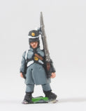 PNB4b British 1814-15: Line or Flank Coy in Greatcoat with Musket upright