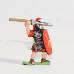 RO16 Marian Roman: Legionary with pilum & shield