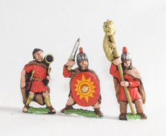 RO56 Late Imperial Roman: Command: Officers, Draconarius & Musicians