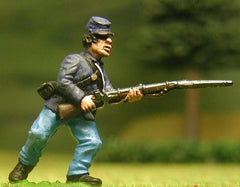 UN4 Union Infantry: Charging in Kepi & Sack Coat (assorted)