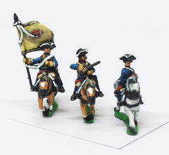 SYF19 Seven Years War French: Command: Cuirassier Officer, Standard Bearer & Trumpeter