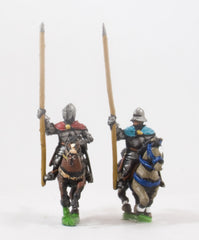 XMED12 Generic Eastern European: Mounted Standard Bearers in Plate Armour, on Unarmoured Horse