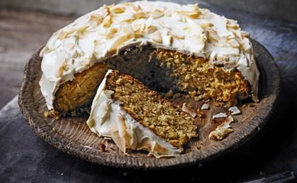 Plant based Vegan Honey, parsnip & coconut cake