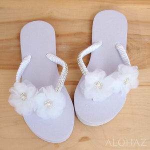 harmony white bridal hawaiian flip flops | hawaiian sandals pali hawaii flip flops