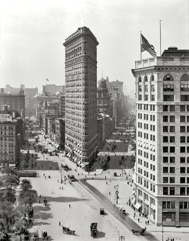 The Flatiron Building: 1909