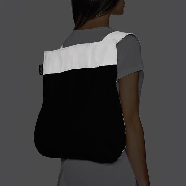 REFLECTIVE NOTABAG – BLACK