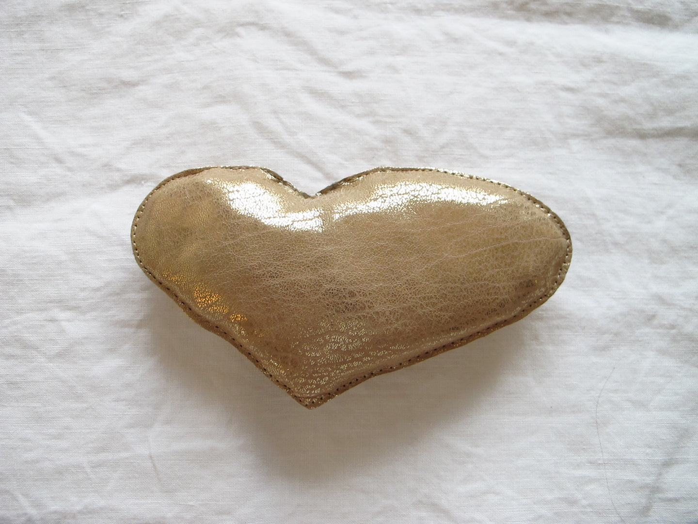 HEART in gold