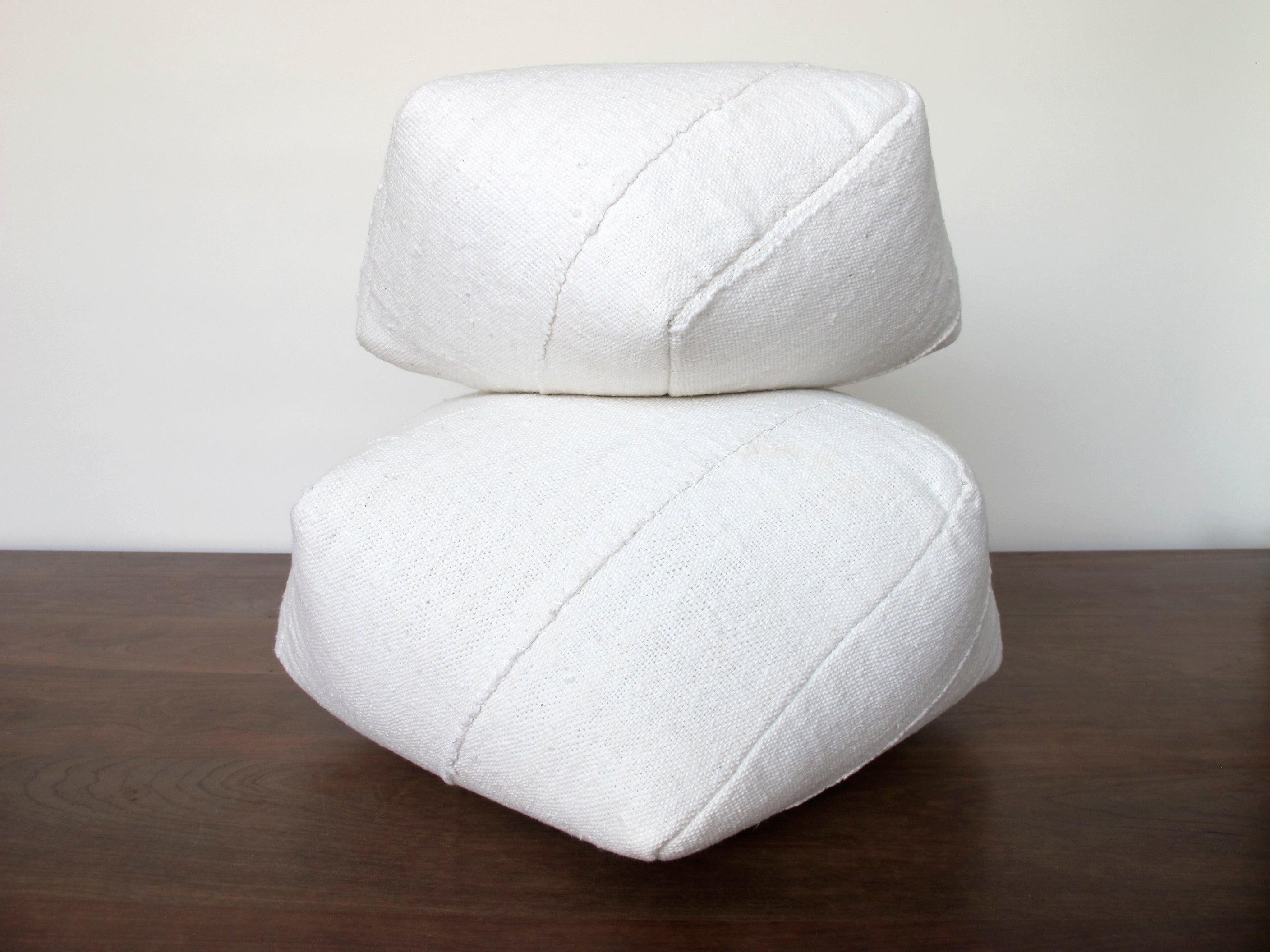 DUMPLING CUSHIONS in cream cotton, pair