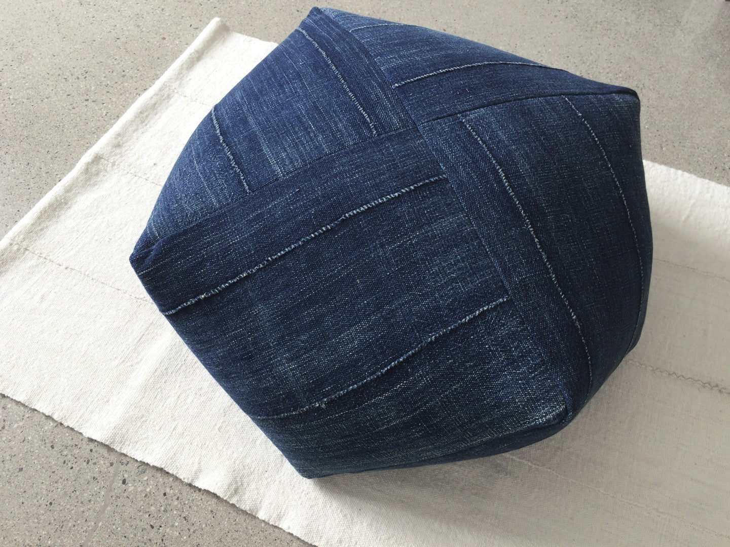 DUMPLING CUSHION in indigo, large