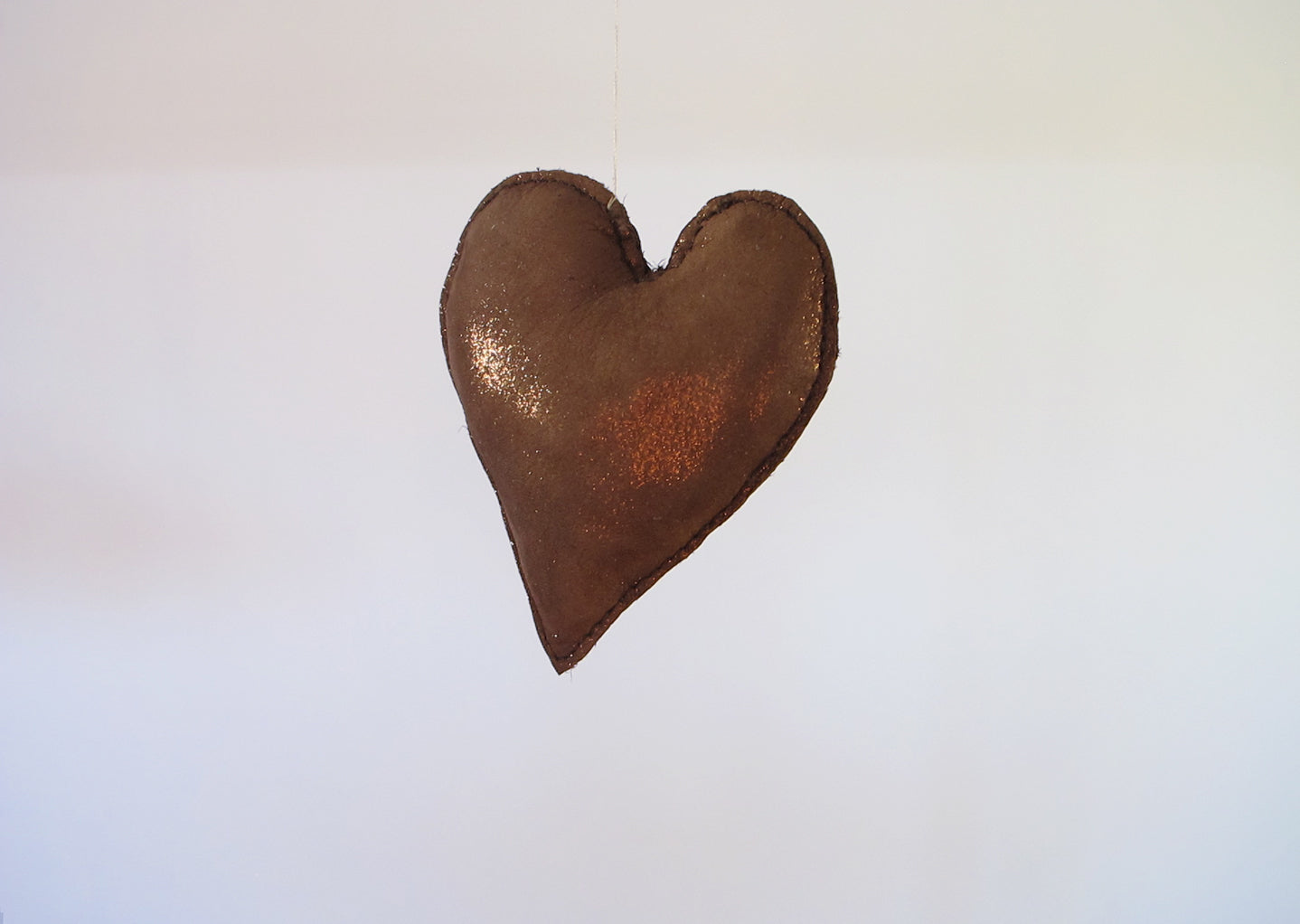 HEART in golden bronze, large