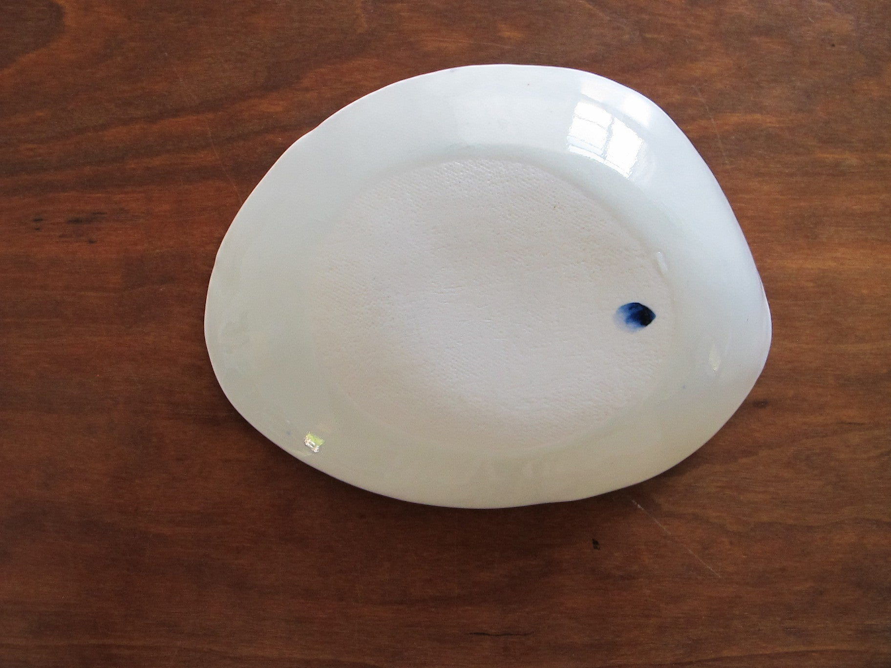 SMALL PORCELAIN DISH