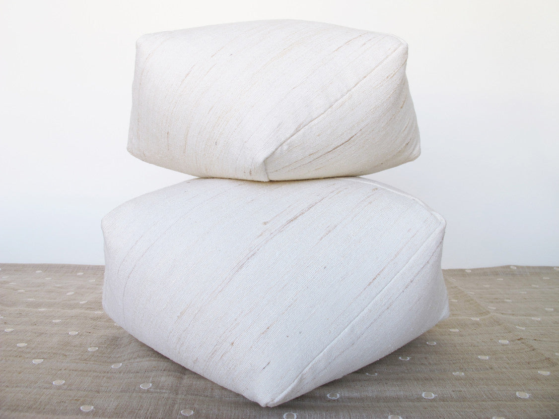 DUMPLING CUSHIONS in raw silk, set of four