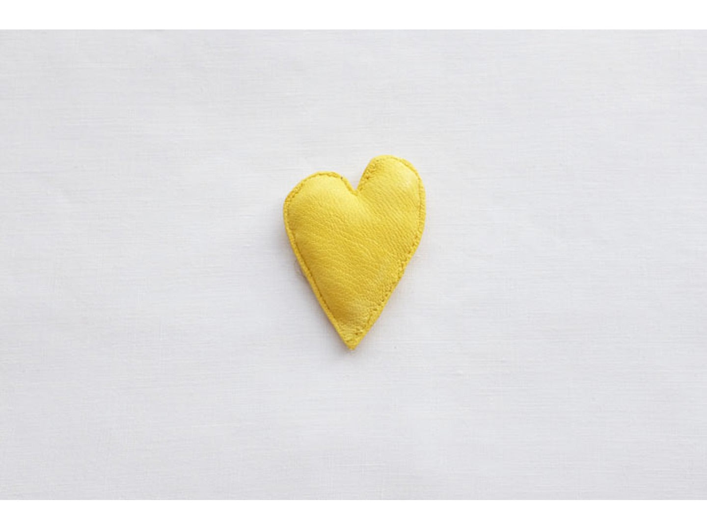 HEART in yellow, small