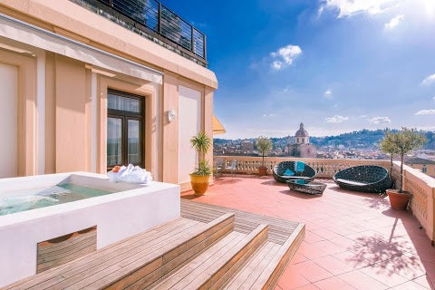 Best Luxury Hotel in Florence Italy