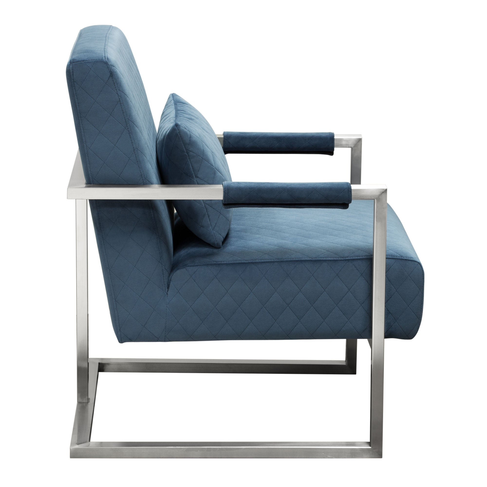 Picture of: Buy Diamond Sofa Studiochbu Studio Accent Chair In Royal Blue Velvet With Diamond Tuft And Stainless Frame At Contemporary Furniture Warehouse