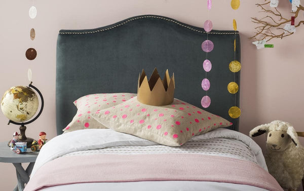 Jeneve Arctic Grey Winged Headboard Twin
