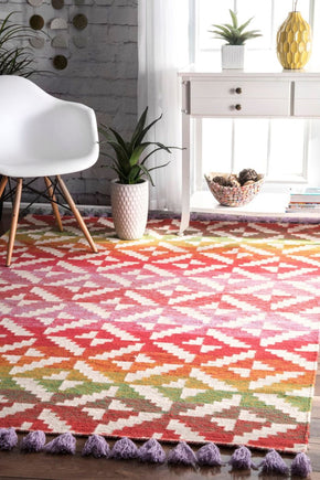 Nuloom Arnett Striped Tassel Area Rug