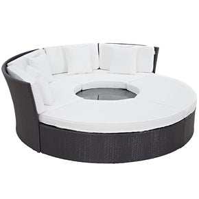 Convene Circular Outdoor Patio Daybed Set Espresso White