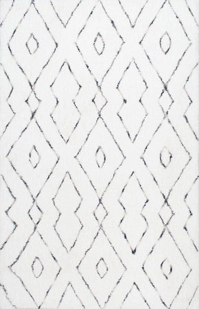 Nuloom Hand Tufted Beaulah Shaggy White Rug