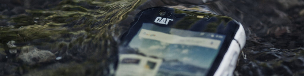 CAT S60 Smartphone is waterproof up to 16 feet for 60 minutes. Thanks to a wet finger tracking technology you can use CAT S60 even when the screen is wet.