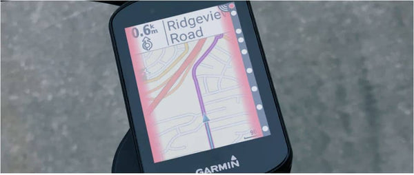 Garmin Edge 530 comes with built-in safety features. The incident detection technology will notify your emergency contacts if it detects an incident.