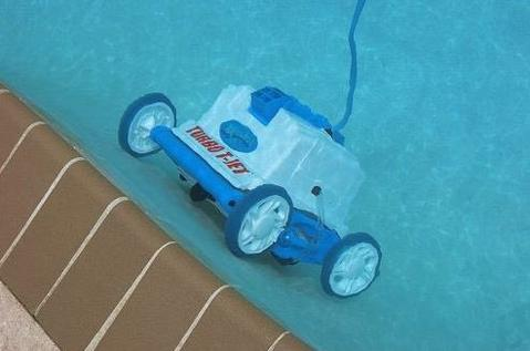 Aquabot Turbo T-Jet Pool Cleaner Features