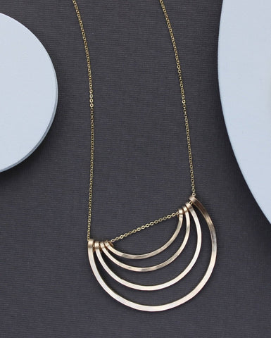 Hadena Necklace