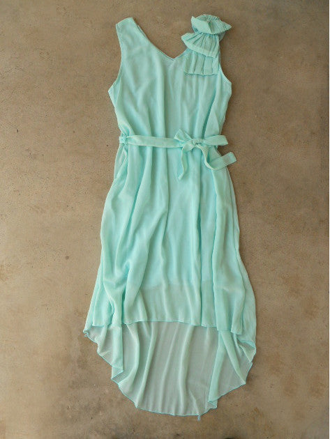 Ruffle & Knot Dress in Mint
