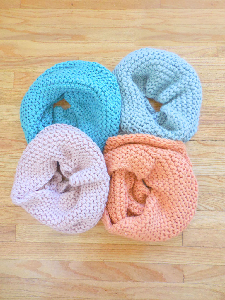 Chunky Knit Funnel Infinity Scarf - deloom