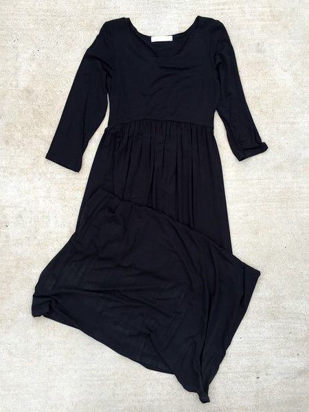 Basic Black 3/4 Sleeve Maxi Dress