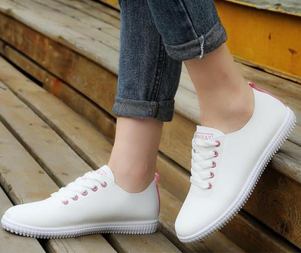 Sneakers Shoes for  Ladies,  Vulcanized Lace Up Round