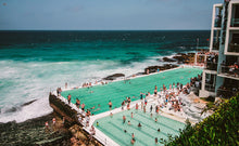 Load image into Gallery viewer, Cheap Discounted Bondi Local Half Day Tour - surf lesson, lunch with bondi beach view