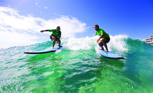Byron Bay Local Half Day Tour - Surf Lesson & Aussie Bistro Food