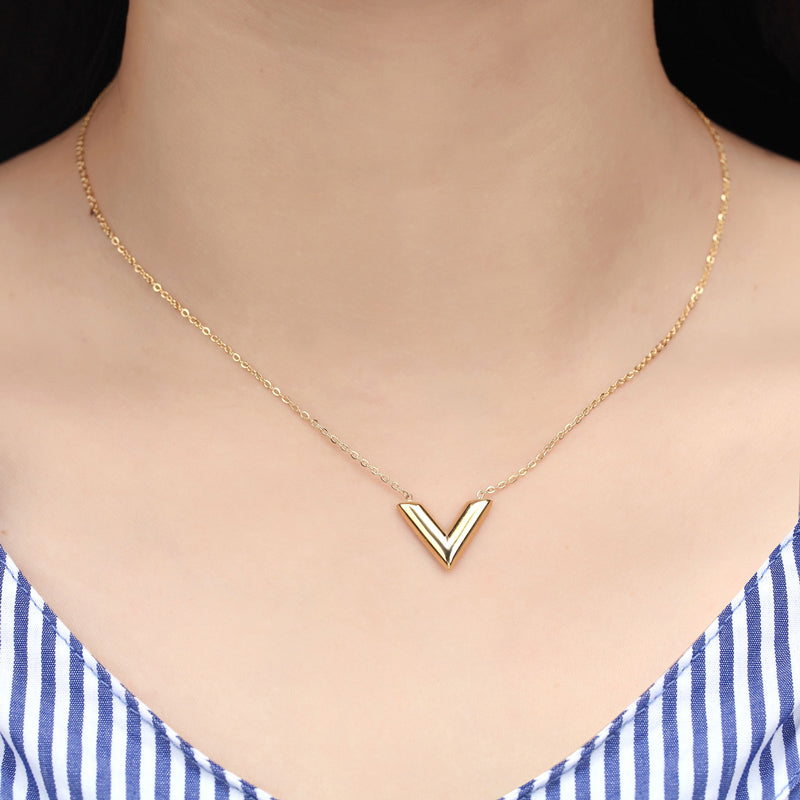 Classic V Pendant Necklace