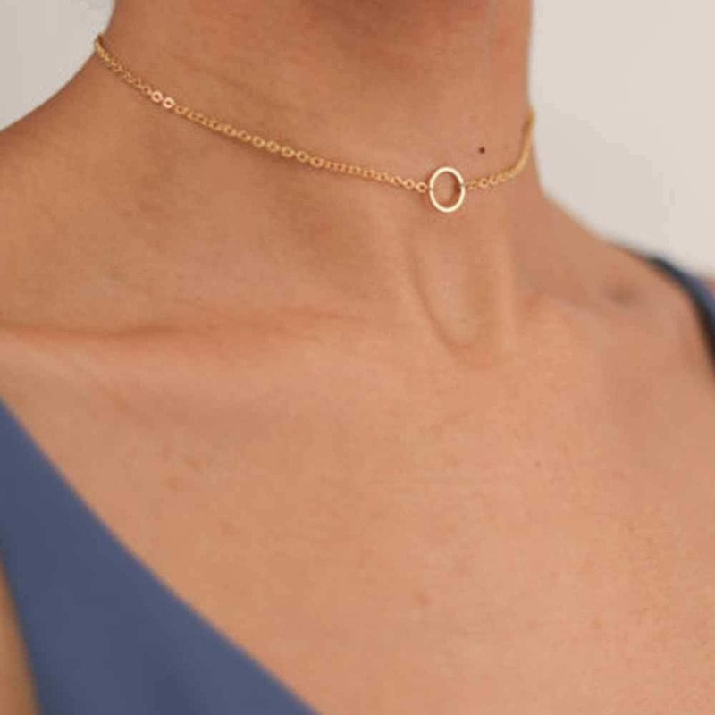 Circle Pendant Choker Necklace