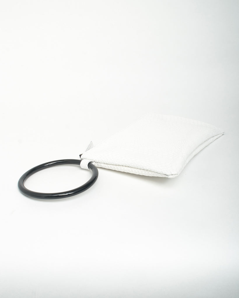 murphy bracelet clutch with black ring in white snake cow leather