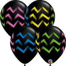 "11"" COLORFUL CHEVRON STRIPES BLACK LATEX BALLOON"