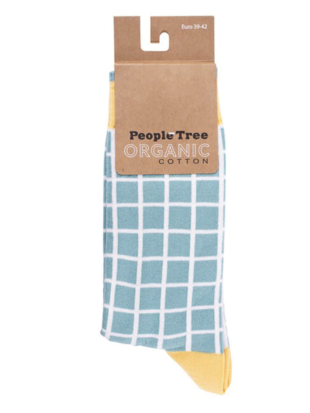 How'd you like to own the softest socks? We've tried on many socks in our time but are yet to find another pair as cozy that you can wear in and out of the house until now.  98% organic certified cotton, 2% elastane for comfort and fit.